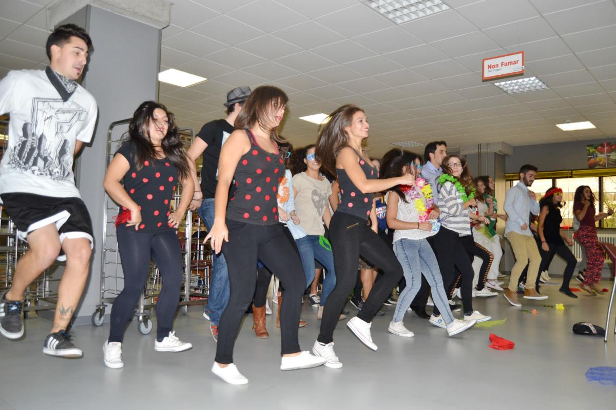 Flashmob\' á hora de comer   Universidade de Vigo
